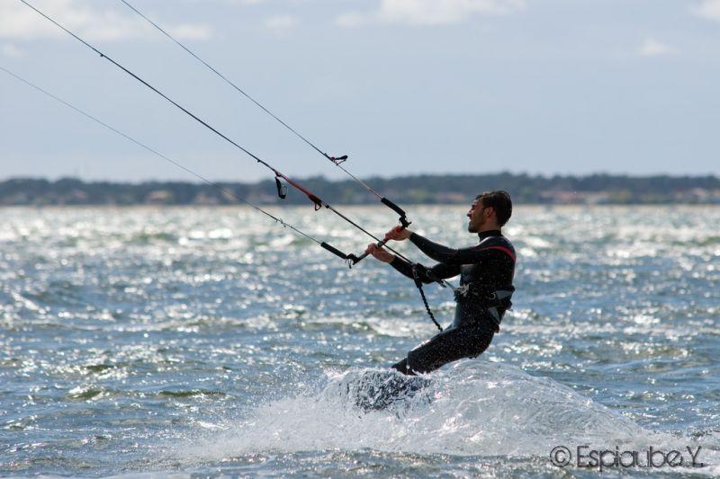 kite090403.jpg